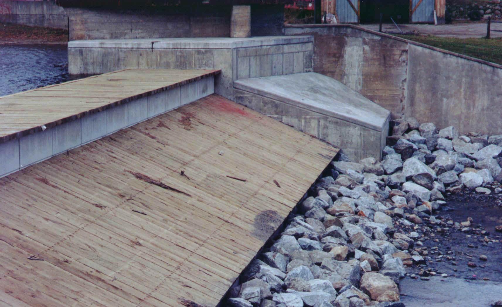 Civil engineering for Pond dam design